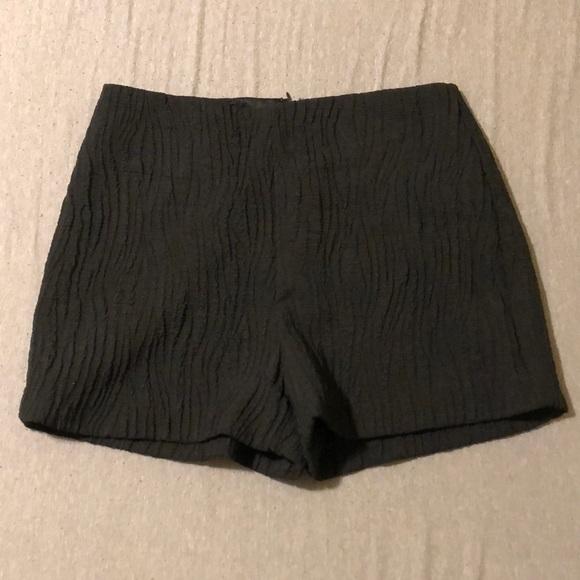 Lush Pants - 💙3 FOR $35💙 Lush Women's Size M Black Shorts